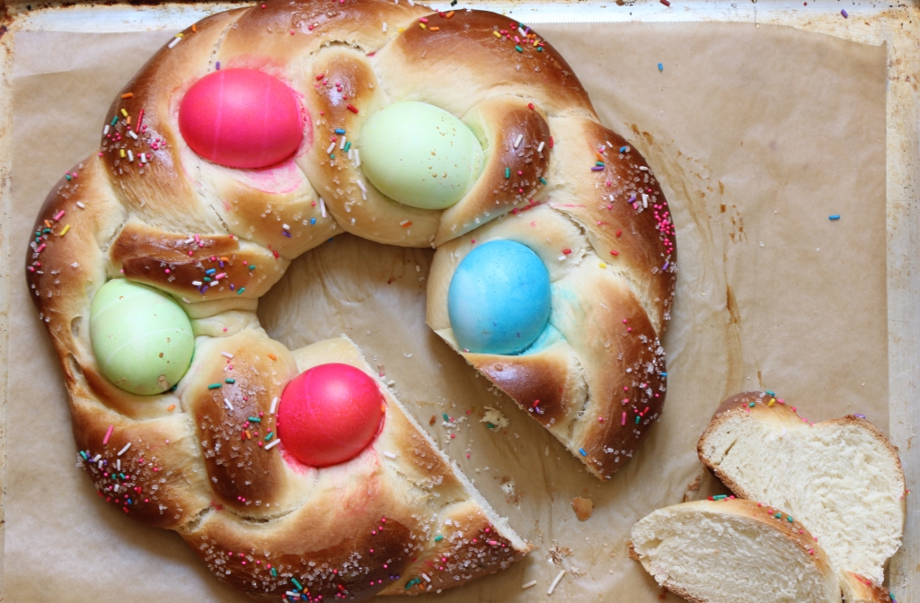 Sliced Easter egg bread