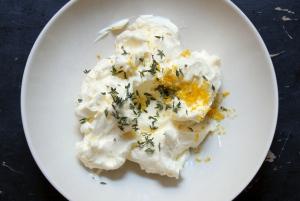 making lemon thyme butter